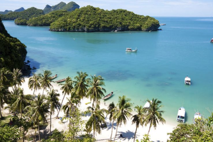 Beautiful paradise beach on AngThong National Park, Koh Samui, Thailand