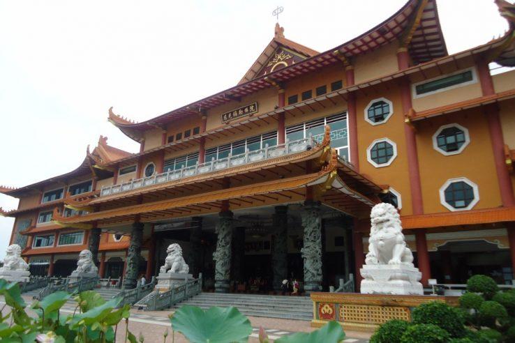 Najveći budistički hram