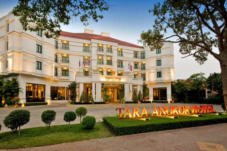 Tara Angkor Hotel is the first 4-Star Luxury Hotel built in the mystical land of Angkor. Ideally and conveniently located, Tara Angkor Hotel is situated only 6 km from the World Heritage site of Angkor Wat Temples, 15 min drive from the Siem Reap International Airport, a few minutes stroll to the Angkor National Museum and a short ride to the city town center with an array of Cambodian souvenirs, shopping and culture.