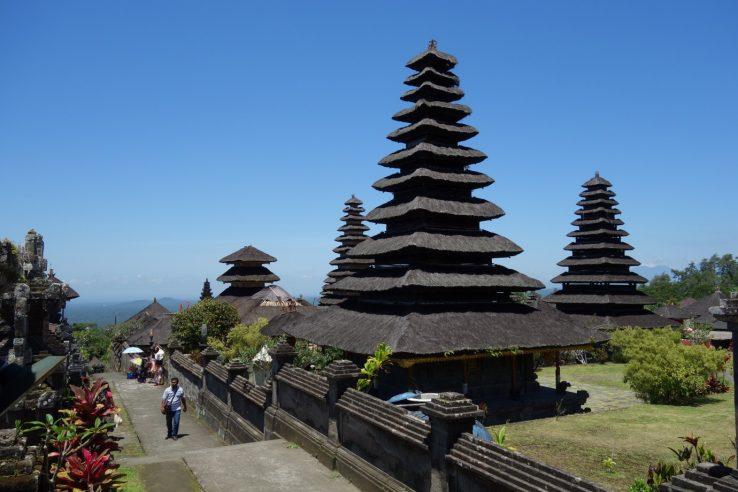 Lingsar hramovi