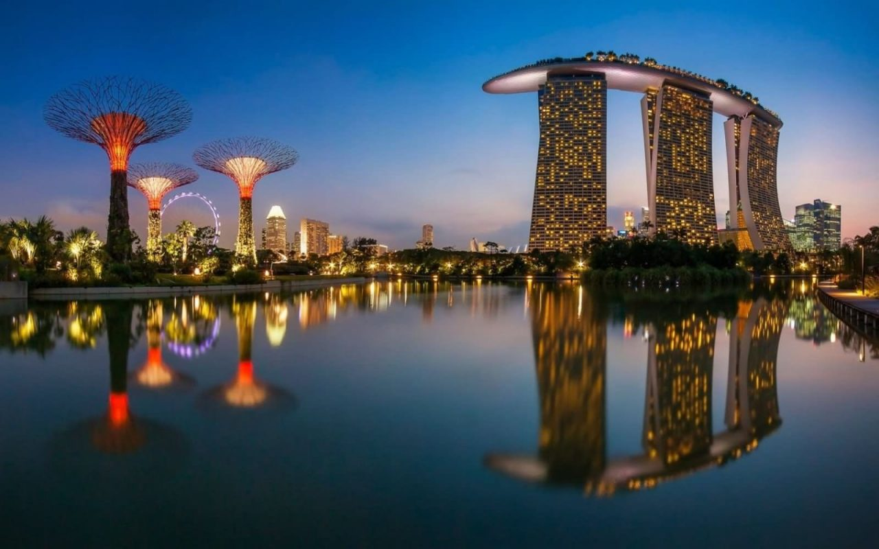 Marina-Bay-Singapore-Night-Picture