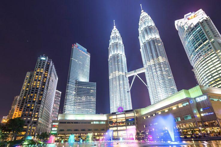 Kule Petronas-atrakcija-Kuala Lumpur-Malezija